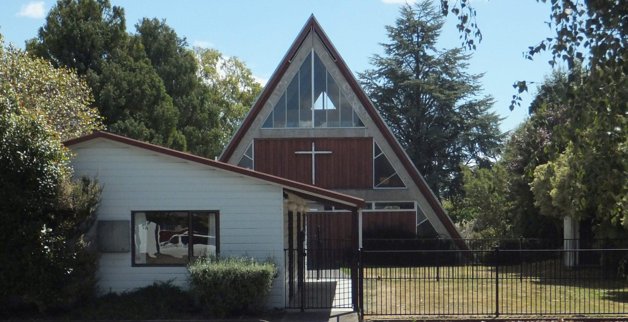 Oikos Church